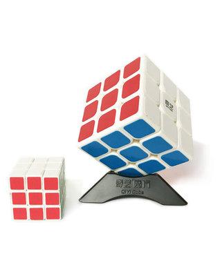Rubik's cube  2x rubiks kubus (3X3) 5.6CM